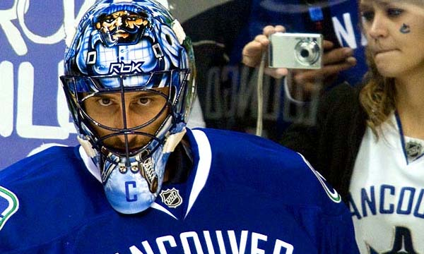 Roberto Luongo, Canucks Captain