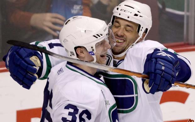 Manny Malhotra and Jannik Hansen, Vancouver Canucks