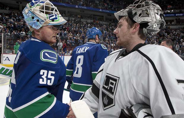 Cory Schneider, Vancouver Canucks, Jonathan Quick, Los Angeles Kings shake hands